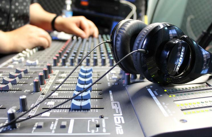 emisoras de radio en ingles: